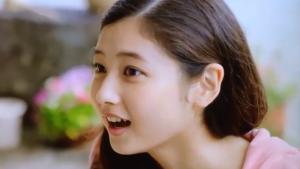 日本郵政、ゆうちょ銀行、かんぽ生命の株式上場のCMの可愛い娘(多分、吉田まどか)